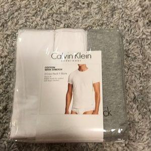 Calvin Klein T-Shirt Size XL 3-Pack